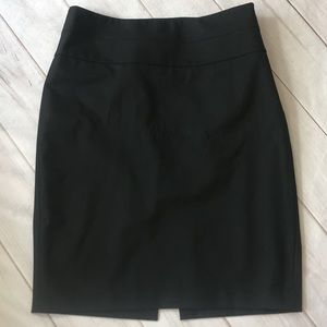 The Limited Classic Black Pencil Skirt Size 2